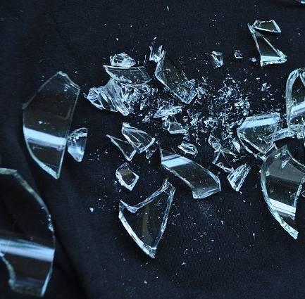 materiale taglio ad acqua vetro