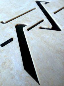 Taglio ad acqua marmo ceramica 002